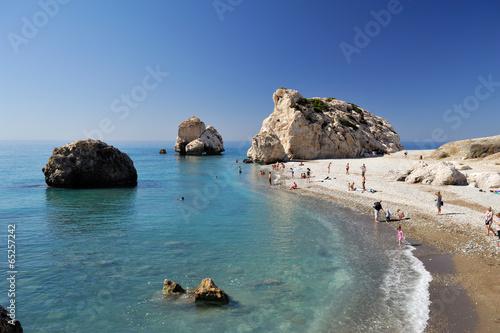 Deurstickers Cyprus Chypre, plage du rocher d'Aphrodite : Petra tou Romiou