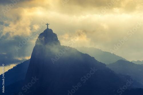 Photo  Sunset at christ redeemer, Rio de Janeiro, Brazil