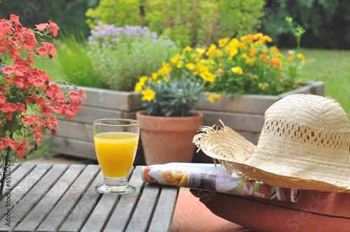 jus de fruit en terrasse