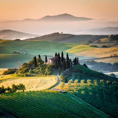 Panel Szklany Podświetlane Toskania Mattino in Toscana, paesaggio e colline
