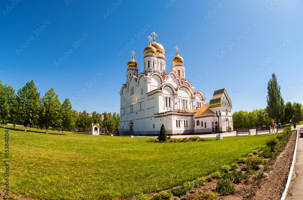 Fototapety, obrazy: Russian orthodox church with gold domes in Togliatti, Russia