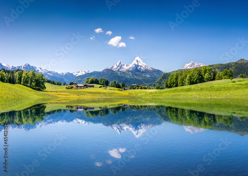 Fotografiet  Idyllic summer landscape with mountain lake and Alps
