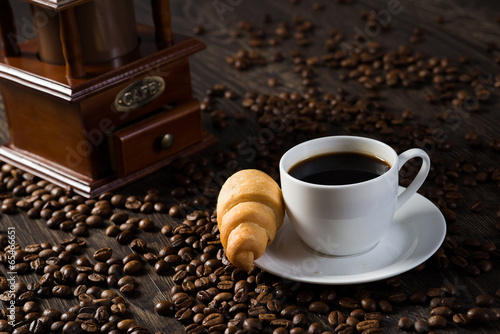 Papiers peints Café en grains cup of black coffee