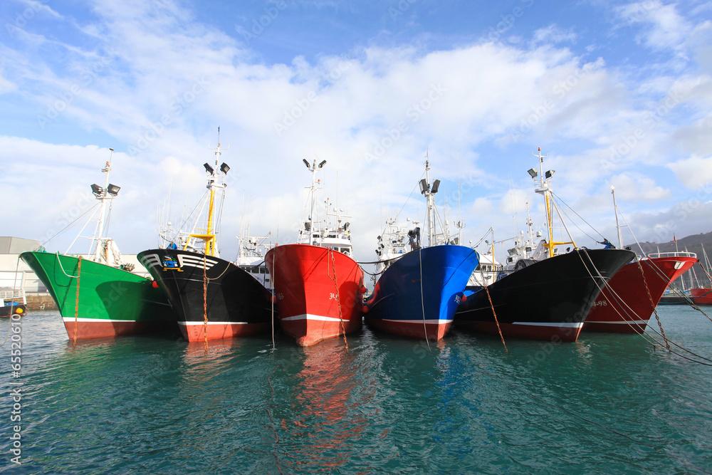 Fototapeta barcos de pesca amarrados getaria país vasco 4474-f14