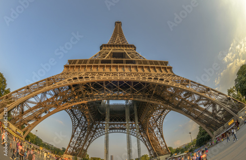 Fototapety, obrazy: Fish-Eye view of Eiffel Tower
