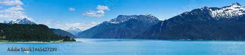Poster Bleu Beautiful view of Haines city near Glacier Bay, Alaska, USA
