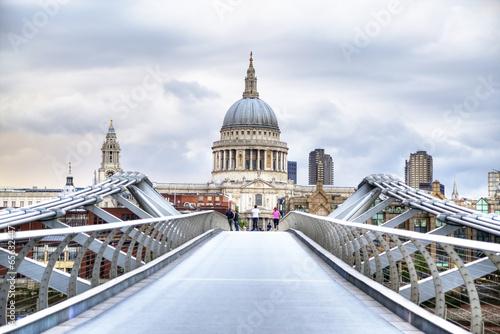 Foto op Canvas Londen St Paul's Cathedra, london