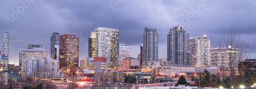 Fotografía  Bright Lights City Skyline Downtown Bellevue Washington USA
