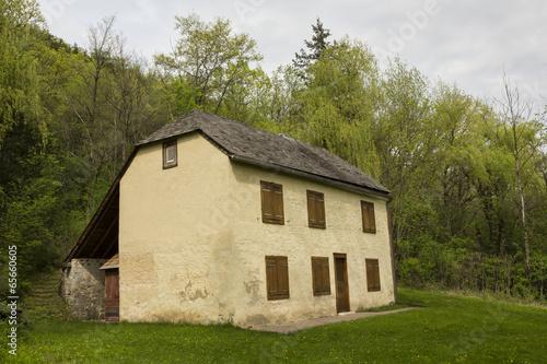 Papiers peints Artistique Old Historic House