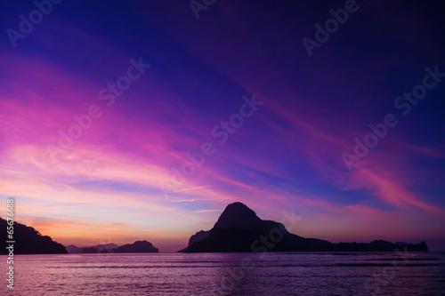Spoed Foto op Canvas Violet El Nido sunset
