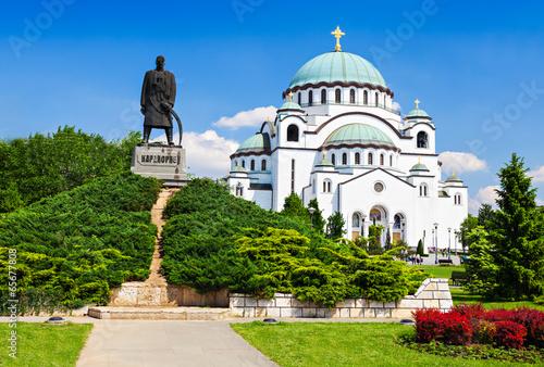 Photo Sava Cathedral and Karadjordje statue