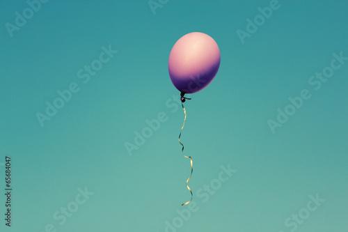 Papiers peints Montgolfière / Dirigeable pink balloon