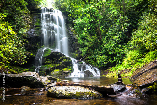 Foto op Canvas Watervallen Upper Catabwa Falls