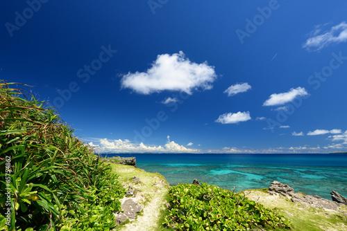 Fototapety, obrazy: コマカ島の綺麗な海と夏空