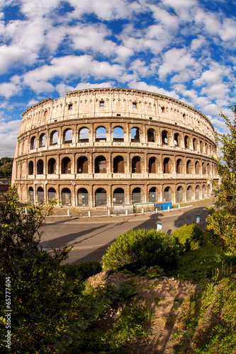 Photo  Colosseum during spring time in Rome, Italy