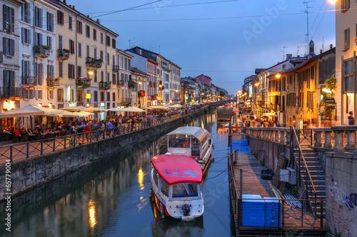 In de dag Milan Navigli Grande, Milan, Italy