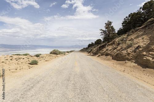 Horseshoe Meadow Road above Owens Dry lake
