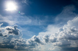 Ciemne niebo i chmury