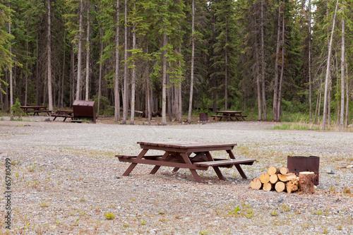Camp ground campsites camping table firepits Tapéta, Fotótapéta