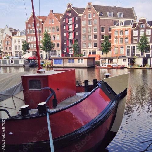 Photo  Schiff auf Gracht in Amsterdam