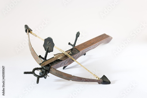Photo wooden crossbow made in Italy