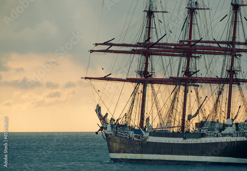 Photo Stands Ship ancient tall ship
