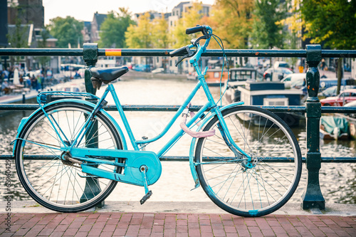 Tuinposter Fiets Bicycle in Amsterdam