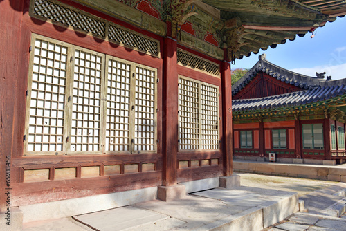 Stampa su Tela  Traditional Architecture, Changyeonggung Palace in Seoul, Korea