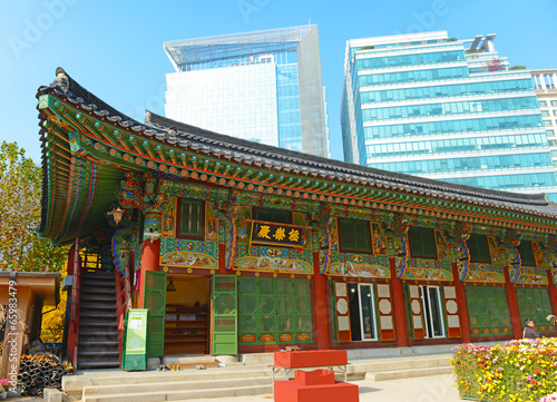 Keuken foto achterwand Seoel Traditional and Modern Architecture in Seoul, South Korea