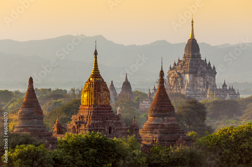 Many temple in Bagan Area , Myanmar. Canvas Print