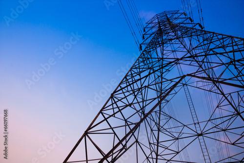 Carta da parati High voltage post and sky in twilight time