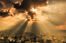 Rays Of Light Shining Through ...