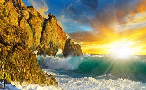 Poster Cote Рассвет на скалистом берегу