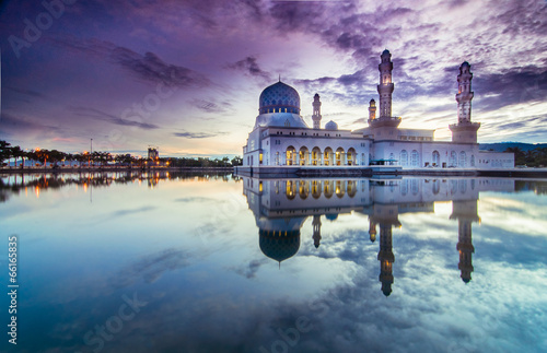 Fotografía  Sunrise Kota LIkas Mosque Sabah Malaysia