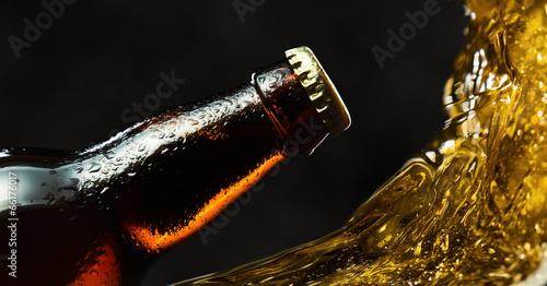 Photo frozen beer bottle