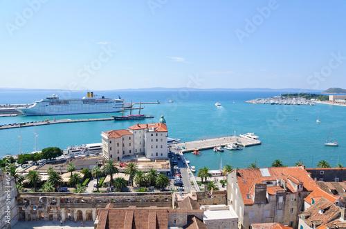 Foto op Aluminium Kasteel Cityscape of Split in Croatia