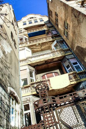 Fényképezés  Verfallenes Gebäude in Budapest