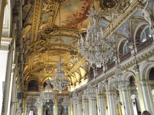 Interior del Ayuntamiento de París