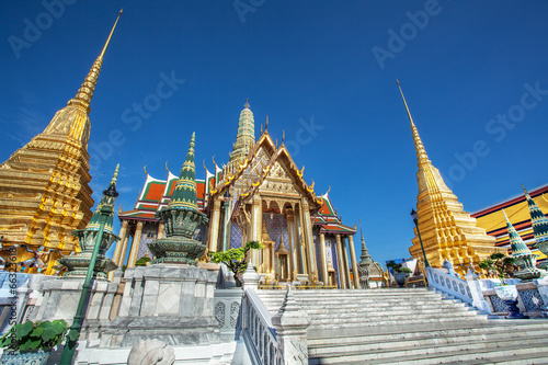 In de dag Bangkok Temple of the Emerald Buddha, Golden Temple in thailand