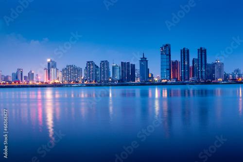 Tuinposter Dubai shanghai skyline with reflection,China
