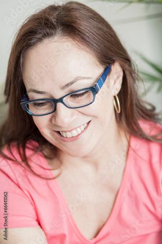Fotografia  latin woman smiling - stock image
