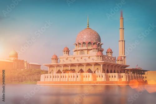 Canvas Prints Kuala Lumpur Putra Mosque in Putrajaya - Kuala Lumpur, Malaysia