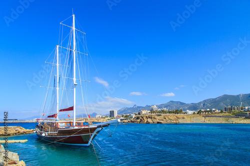 Fotobehang Cyprus Sailing ship in Kyrenia (Girne) port, Cyprus