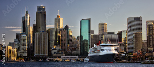 Montage in der Fensternische Sydney Cruise ship in Circular Quay, Sydney