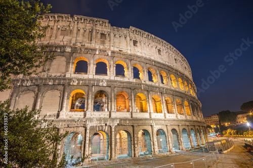 Foto op Aluminium Rome Rome, Italy. Wonderful view of Colosseum at dusk