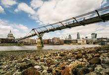London Skyline Millennium Brid...