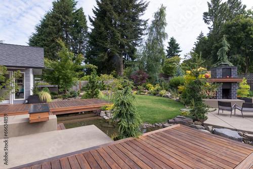 Fotobehang Tuin Backyard Deck and Water