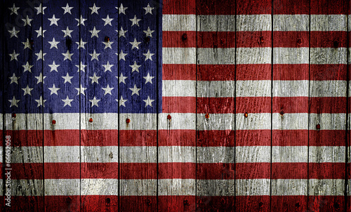 flaga-usa-na-drewnie