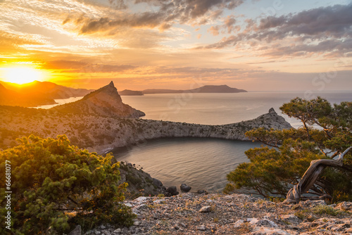 Fotobehang Landschap Seascape at sunrise in the mountains