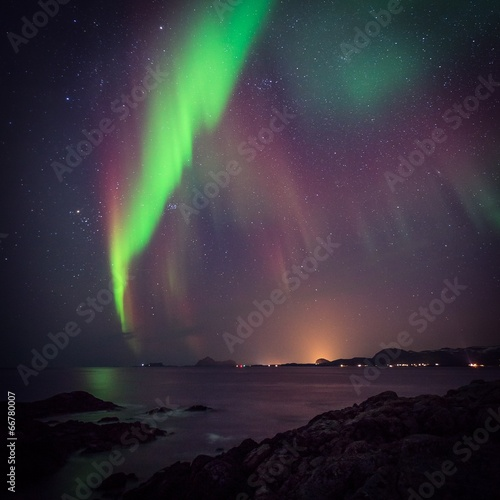 Photo  Norther lights in Norway, green Aurora borealis